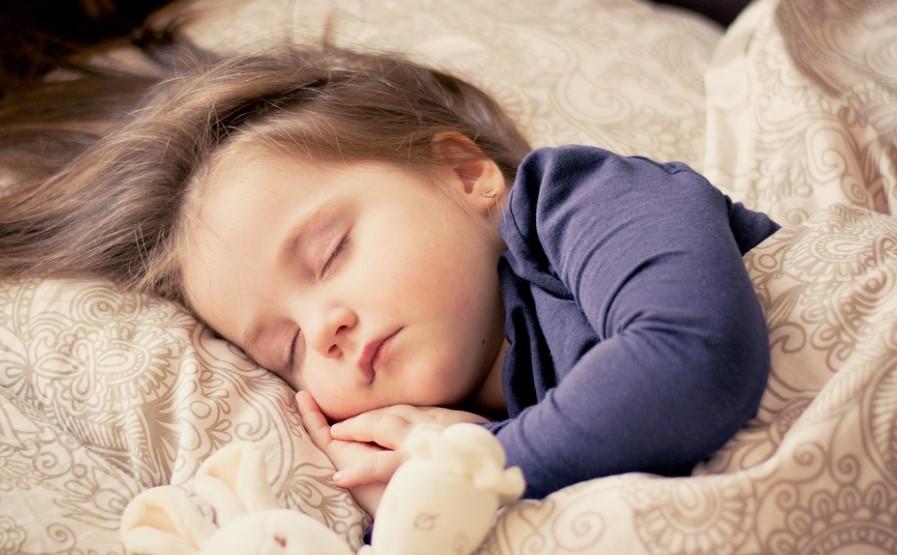 Световният ден на съня е. Знаете ли дали вашето дете спи достатъчно?