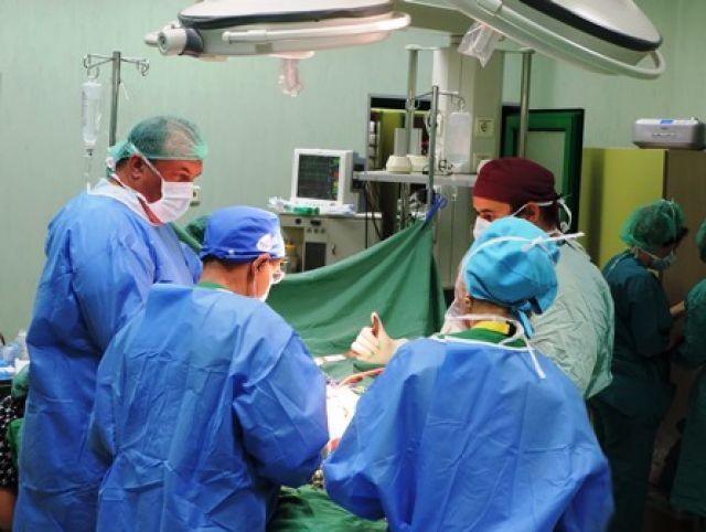 """15 часова операция спаси живота на 33г. пациентка с гигантска аневризма в болница """"Софиямед"""""""