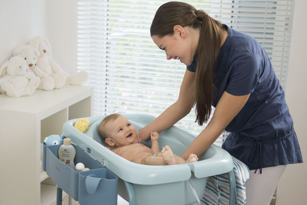 Тема 7: Първи грижи за новороденото у дома