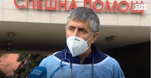 Тервел Пулев отново доброволец в болница: Втората вълна е по-тежка