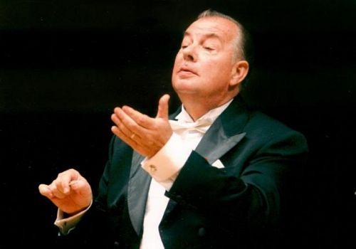 Композиторът Александър Йосифов бе опериран в УМБАЛ